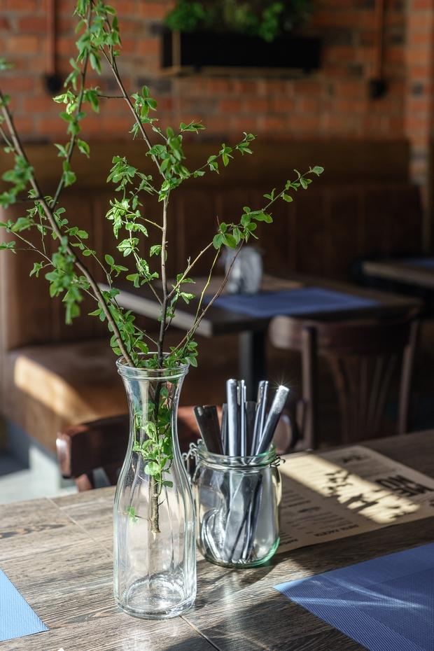 aranzacja-wnetrz-restauracja-cegielnia_int_p_035